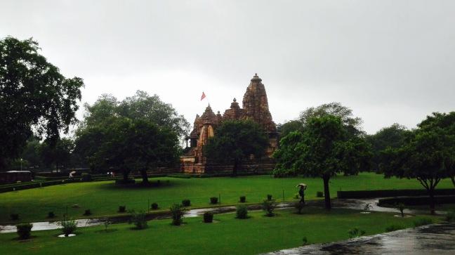 tempio a khajuraho.jpg